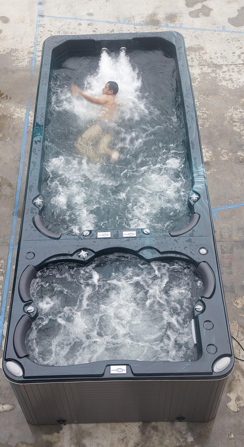 piscină exterior jacuzzi